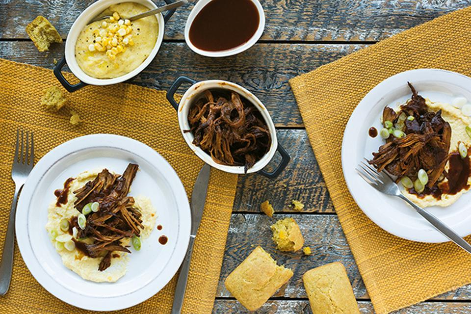Porc effiloché et sa sauce maison avec polenta crémeuse
